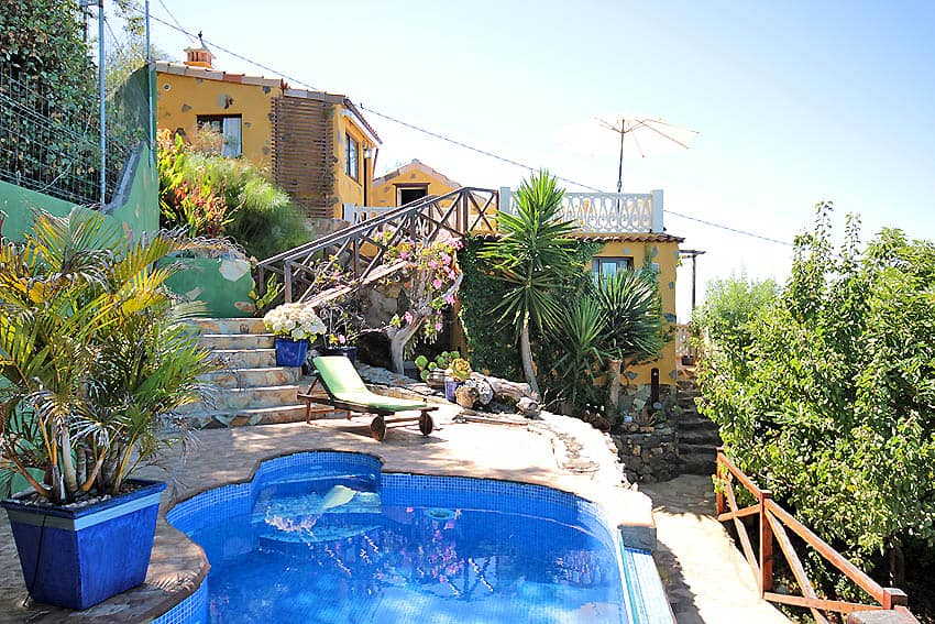 Pool and outdoor stairs to the house