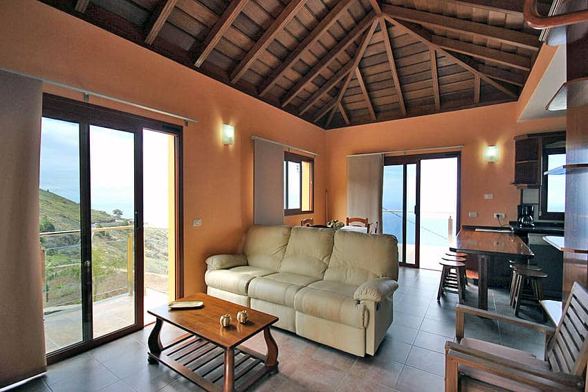Looking to the terrace from the living room of the holiday house La Planta