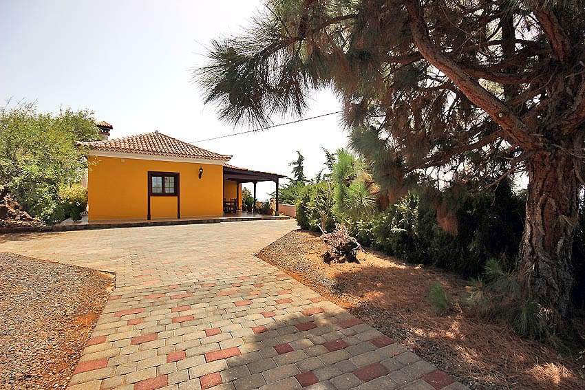 Holiday Cottage La Palma with Casa Van de Walle: entrence