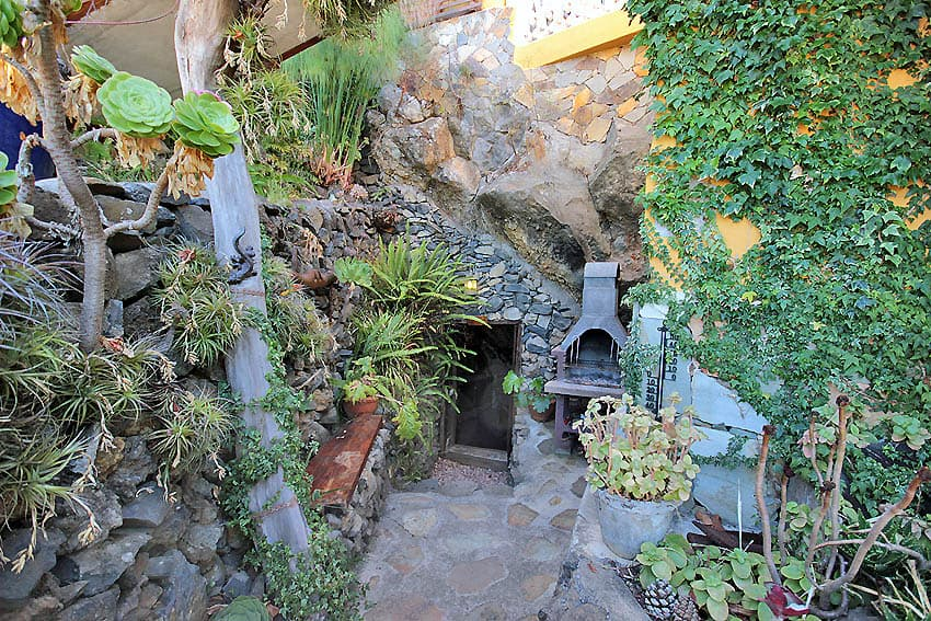 Entrance to the bodega