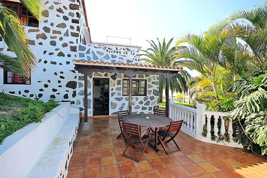 Casa rural la palma con piscina climatizada para 6 personas for Casa rural con piscina climatizada