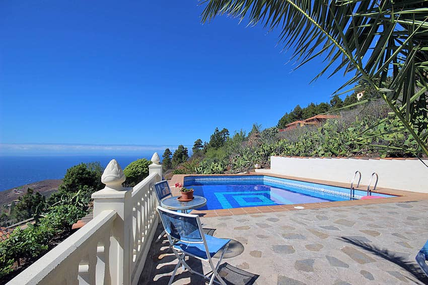 Holiday Cottage with pool La Palma Casa Candelario: private swimming pool