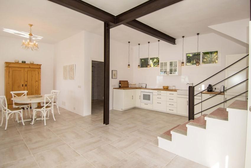 Spanien - Kanarische Inseln - La Palma - Tazacorte - Casa Alma Marina - Küche mit Essbereich
