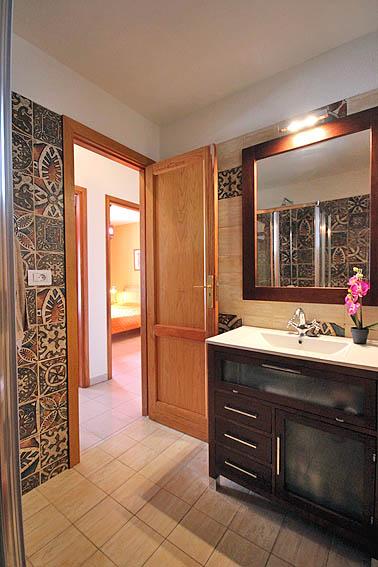 España - Islas Canarias - La Palma - Tazacorte - Apartamento Mar y Musica - Baño con ducha