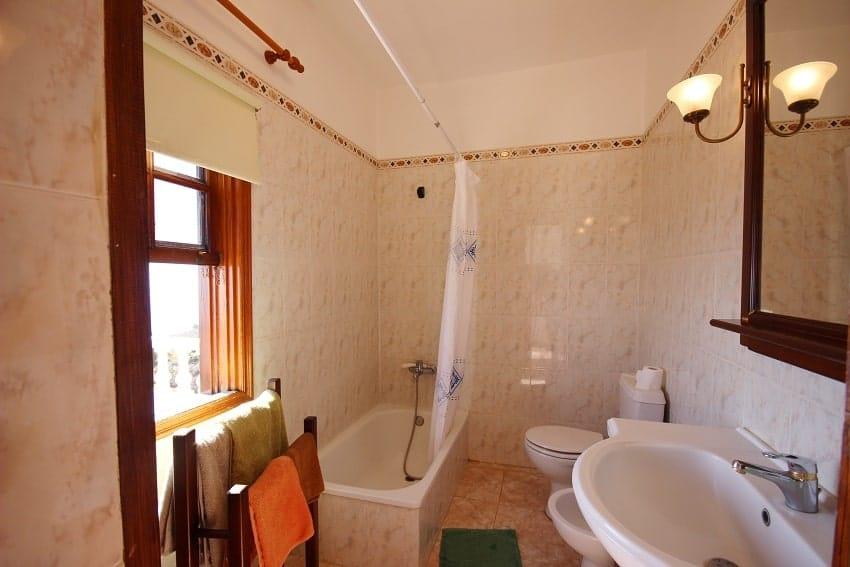 Bathroom, Finca Los Dos Patos B, Finca La Palma