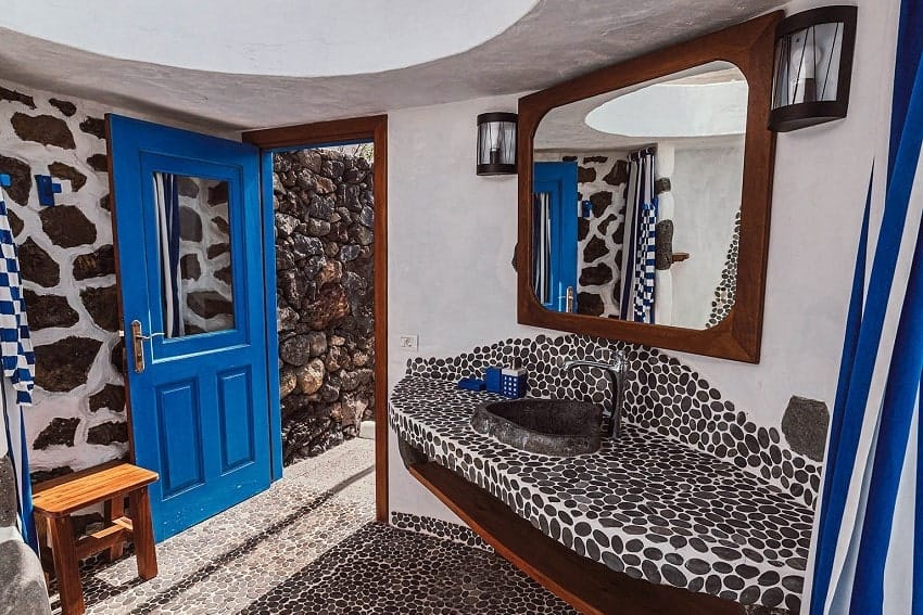 Baño, Villa Manrique, Villa César Manrique