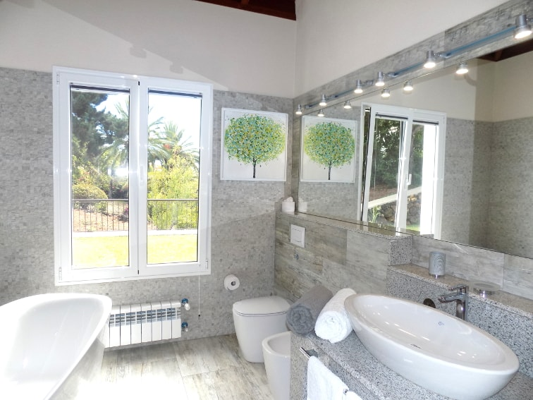 Spain - Canary Islands - La Palma - Tajuya - Villa Royal - bright bathroom with shower, bathtub, lavatory, bidet
