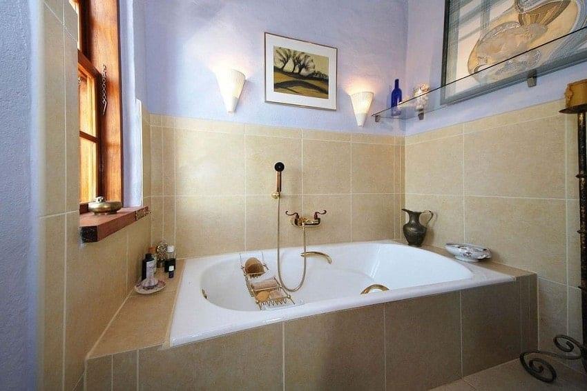 Bathtub, Villa Tigotan, Villa La Palma