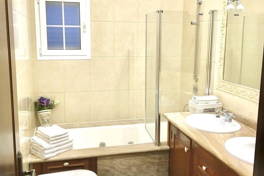 Bathroom, Villa Tajuya, Holiday Home La Palma