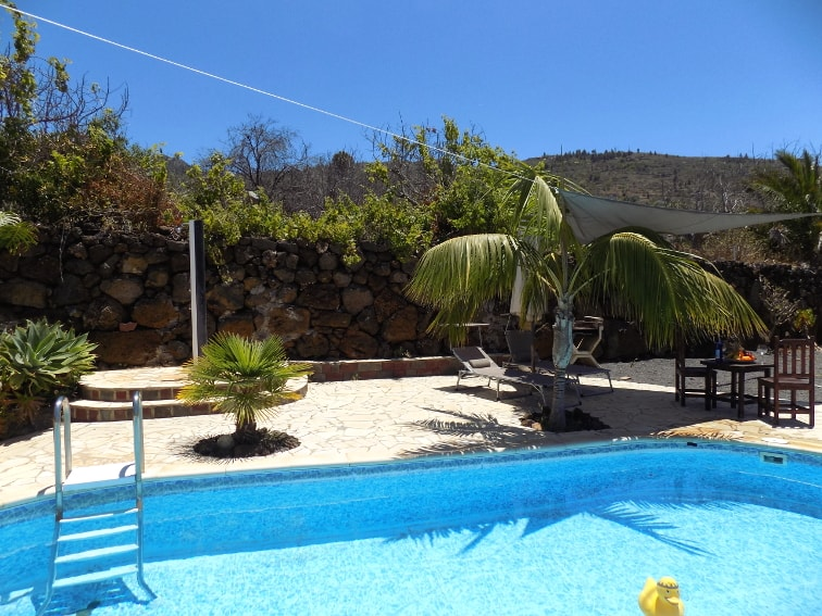 Spain - Canary Islands - La Palma - La Punta - Casa Van de Walle - Private swimming pool with mountain view