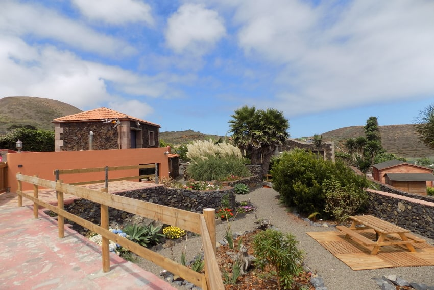 Spain - Canary Islands - El Hierro - Valverde - Casa La Florida 2 - Garden with terrace and view towards Casa La Florida 1