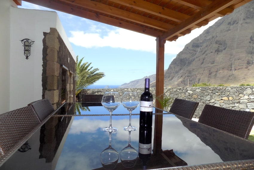 Spain - Canary Islands - El Hierro - Frontera - Villa Mocanes - Terrace with lounge furniture and ocean view