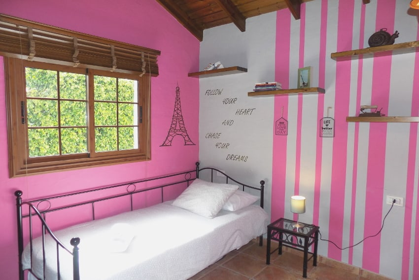 Spain - Canary Islands - El Hierro - Frontera - Finca Arteaga - Bedroom with single bed