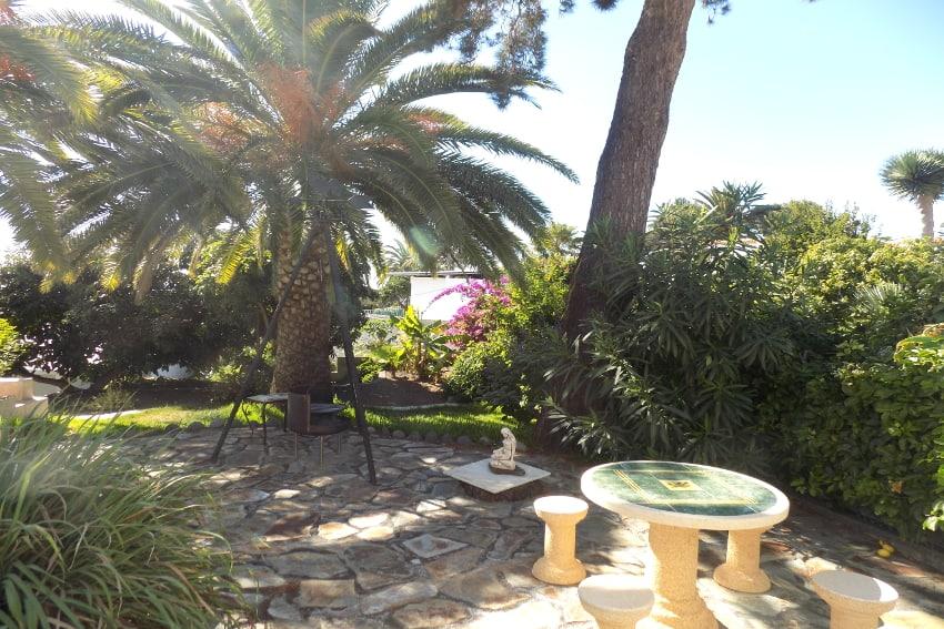 Spain - Canary Islands - La Palma - Tajuya - Casa La Palmera - Subtropical garden with lounge area and barbecue