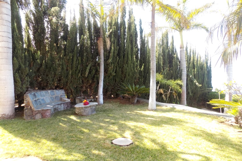 España - Islas Canarias - La Palma - La Punta - Casa La Gorgonia - Jardín con un precioso rincón para relax