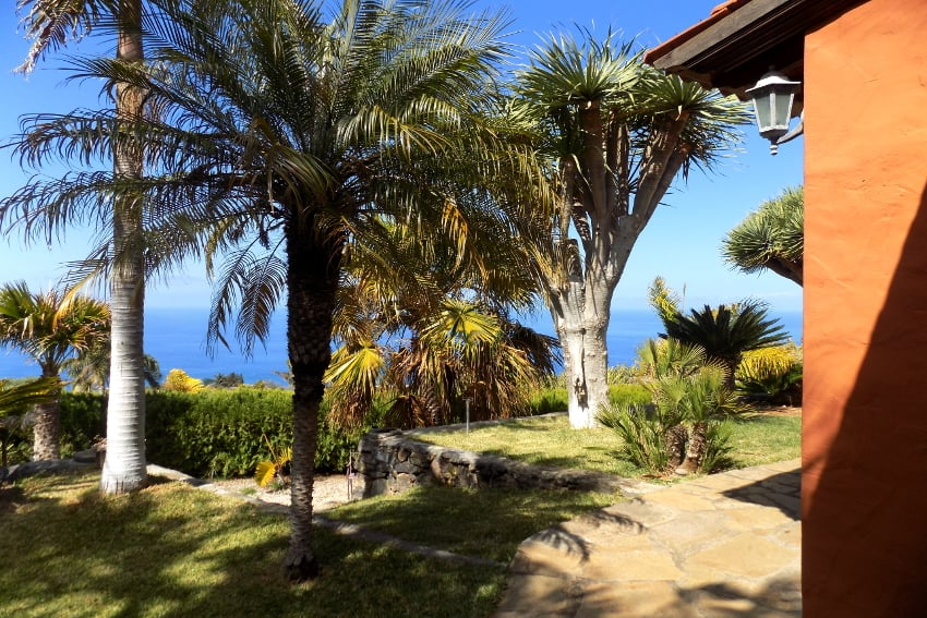 España - Islas Canarias - La Palma - La Punta - Casa La Gorgonia - Casa rural en una zona tranquila con un precioso jardìn subtropical y unas vistas maravillosas al mar