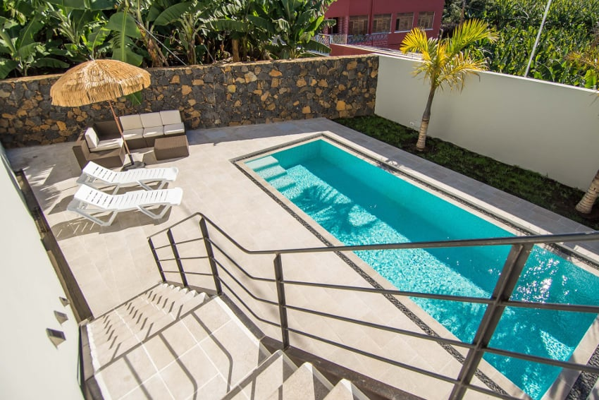 Spain - Canary Islands - La Palma - Tazacorte - Casa Alma Marina - 16 steps lead from 1rst floor to the private saltwater pool
