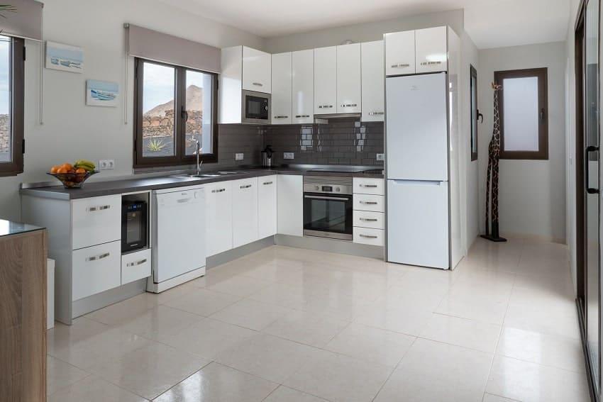 Küche, Villa Kira, Ferienhaus Fuerteventura