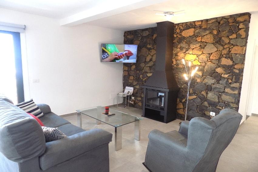 Spain - Canary Islands - La Palma - Los Llanos de Aridane - Villa La Graja - Modern holiday villa with fireplace
