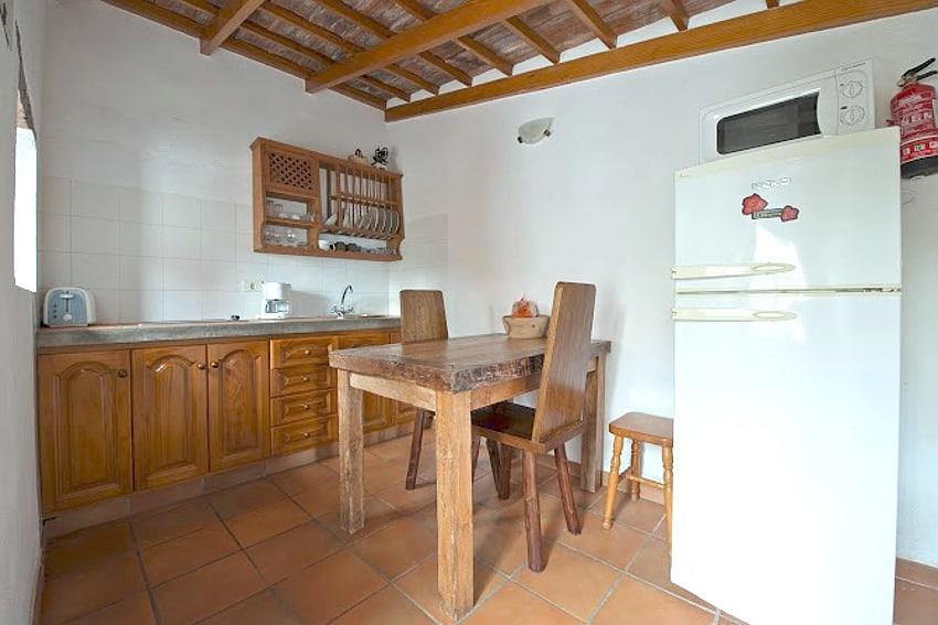 Spain - Canary Islands - El Hierro - Los Llanillos - Casa Gilberto - Kitchen with dining table