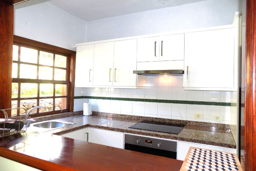 Spain - Canary Islands - La Palma - La Punta - Casa Paula - fully equipped kitchen