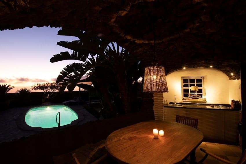 Pool am Abend, Finca Esperanza, Ferienhaus La Palma