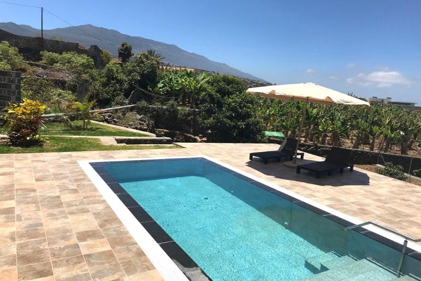 Spain - Canary Islands - La Palma - Los Llanos de Aridane - Villa La Graja - Holiday villa with private swimming pool, ocean and mountain view