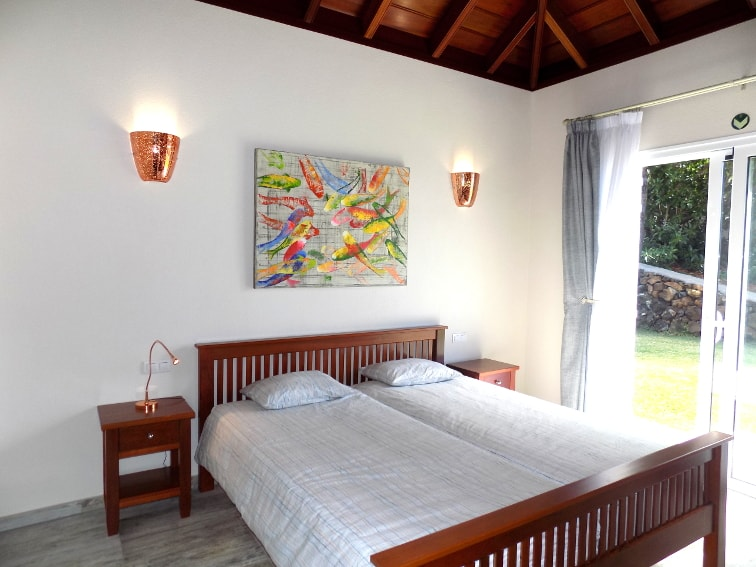 Spain - Canary Islands - La Palma - Tajuya - Villa Royal - cozy bedroom with double bed and side sea view