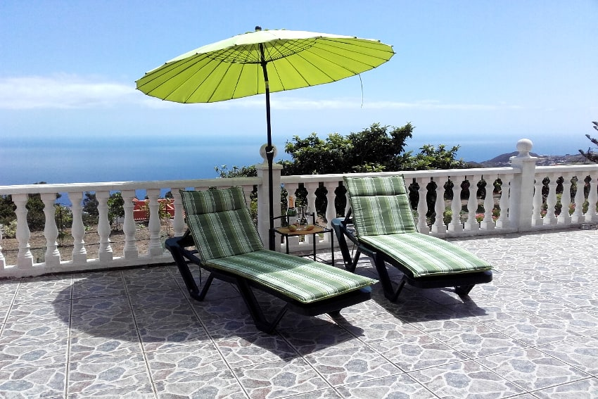 Spain - Canary Islands - La Palma - Mazo - Villa Monte Breña - Large cozy sun terrace with stunning sea views