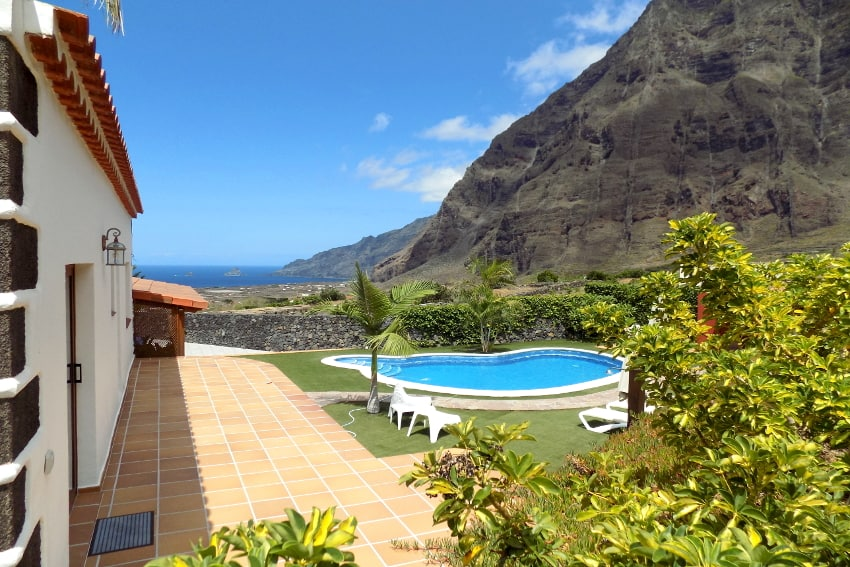 Villa Mocanes, Holiday Cottages El Hierro
