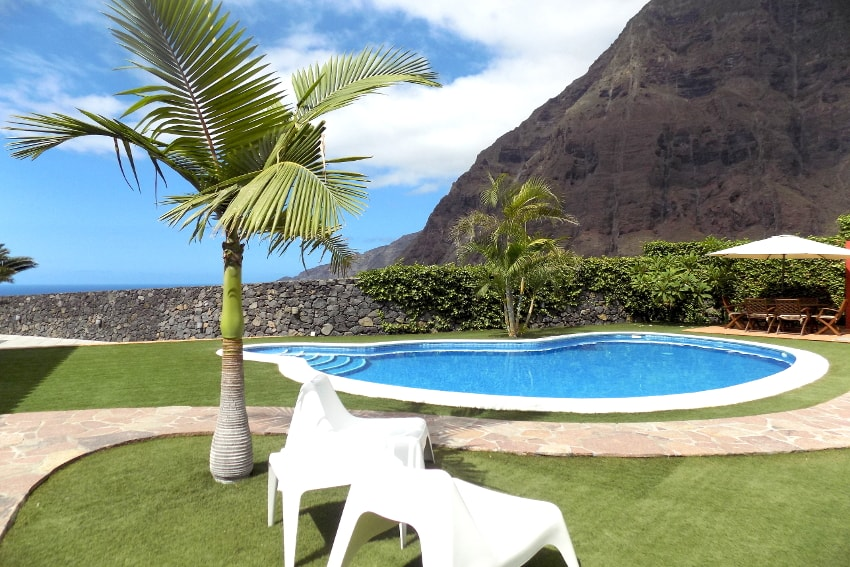 Spain - Canary Islands - El Hierro - Frontera - Villa Mocanes - Comfortable villa with private pool and wonderful sea and mountain views