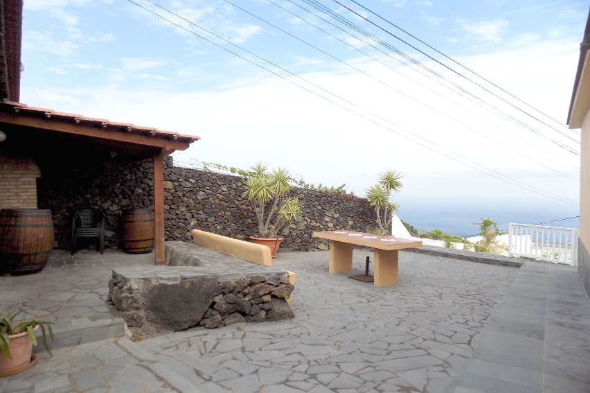 Spain - Canary Islands - El Hierro - Tigaday - Villa Tibataje - Barbecue