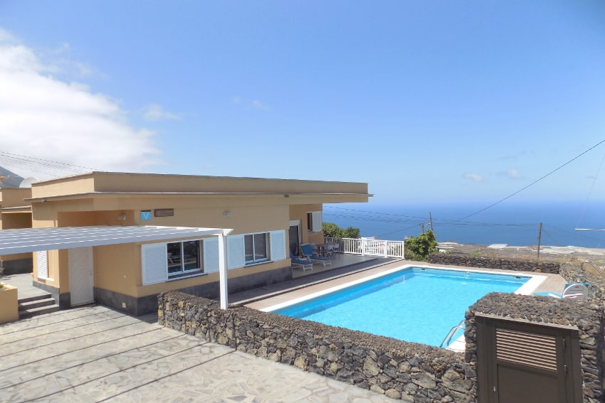 Spain - Canary Islands - El Hierro - Tigaday - Villa Tibataje - Poolvilla with private saltwater pool and stunning views