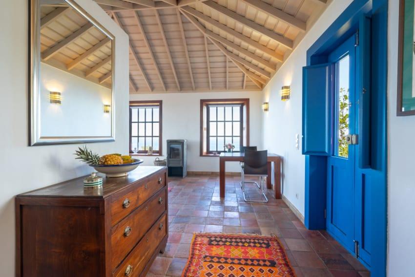 Spanien - Kanarische Inseln - La Palma - Puntagorda - Pabellón de Miramar - geschmackvoll eingerichteter, heller Wohnbereich mit hochwertiger Ausstattung