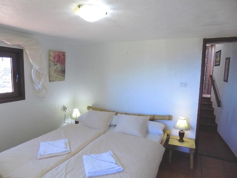 España - Islas Canarias - La Palma - La Punta - Casa Rincón del Atlántico - Dormitorio con cama doble
