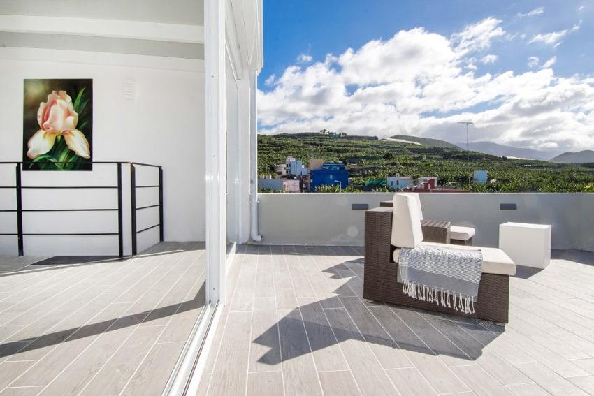 España - Islas Canarias - La Palma - Tazacorte - Casa Alma Marina - Salón para dormir en la planta alta con azotea